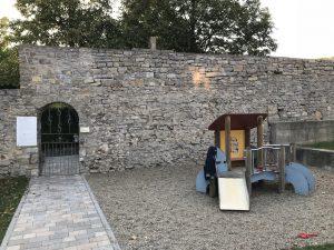 Spielplatz Frickenhausen - Rutsche