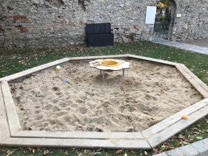 Spielplatz Frickenhausen - Sandkasten